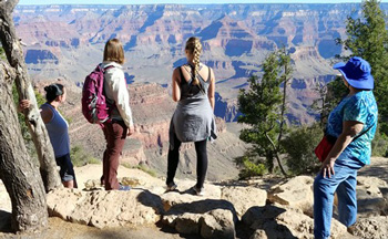 Group of people taking a tour at the Grand Canyon