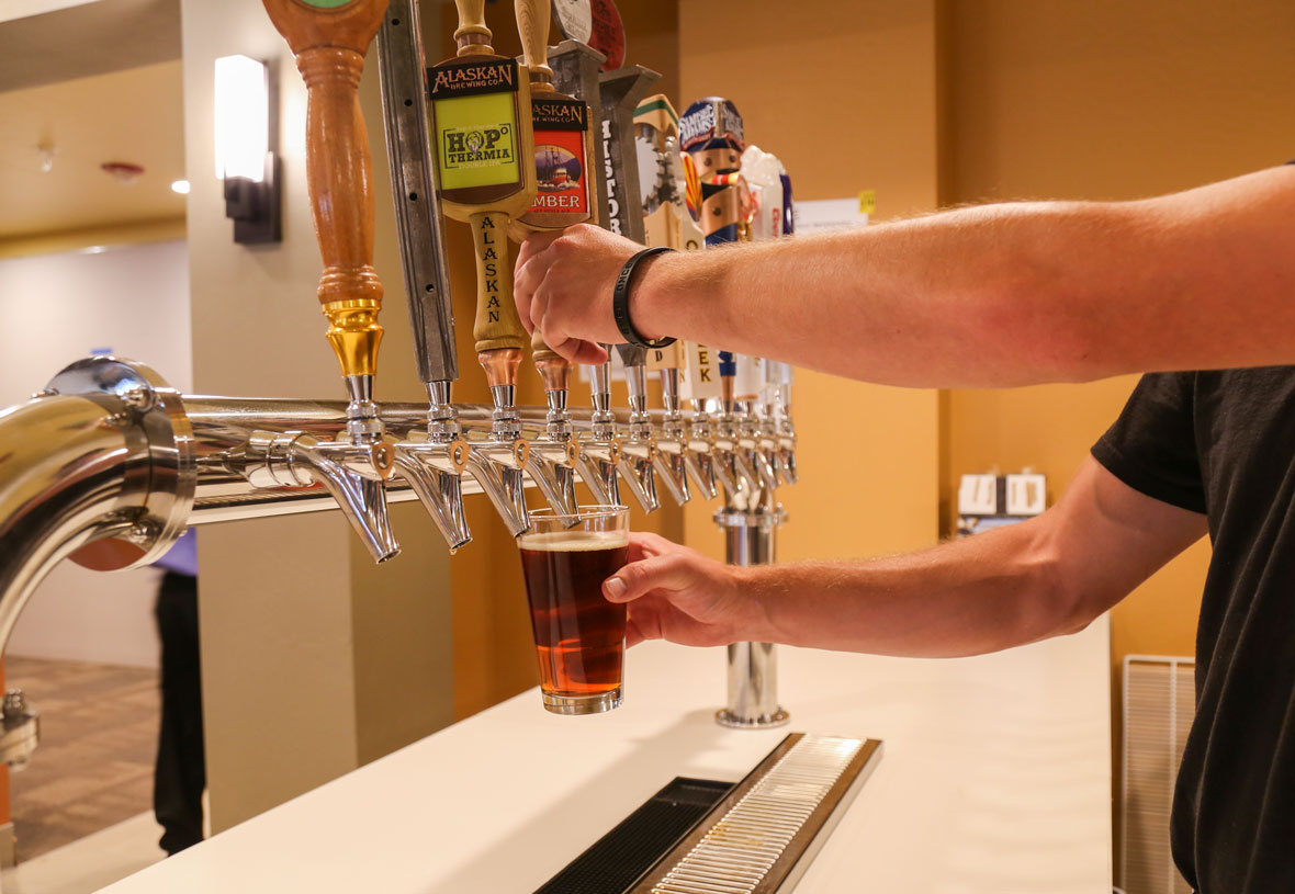 An array of delicious draft beers are available at Yavapai Lodge Restaurant.