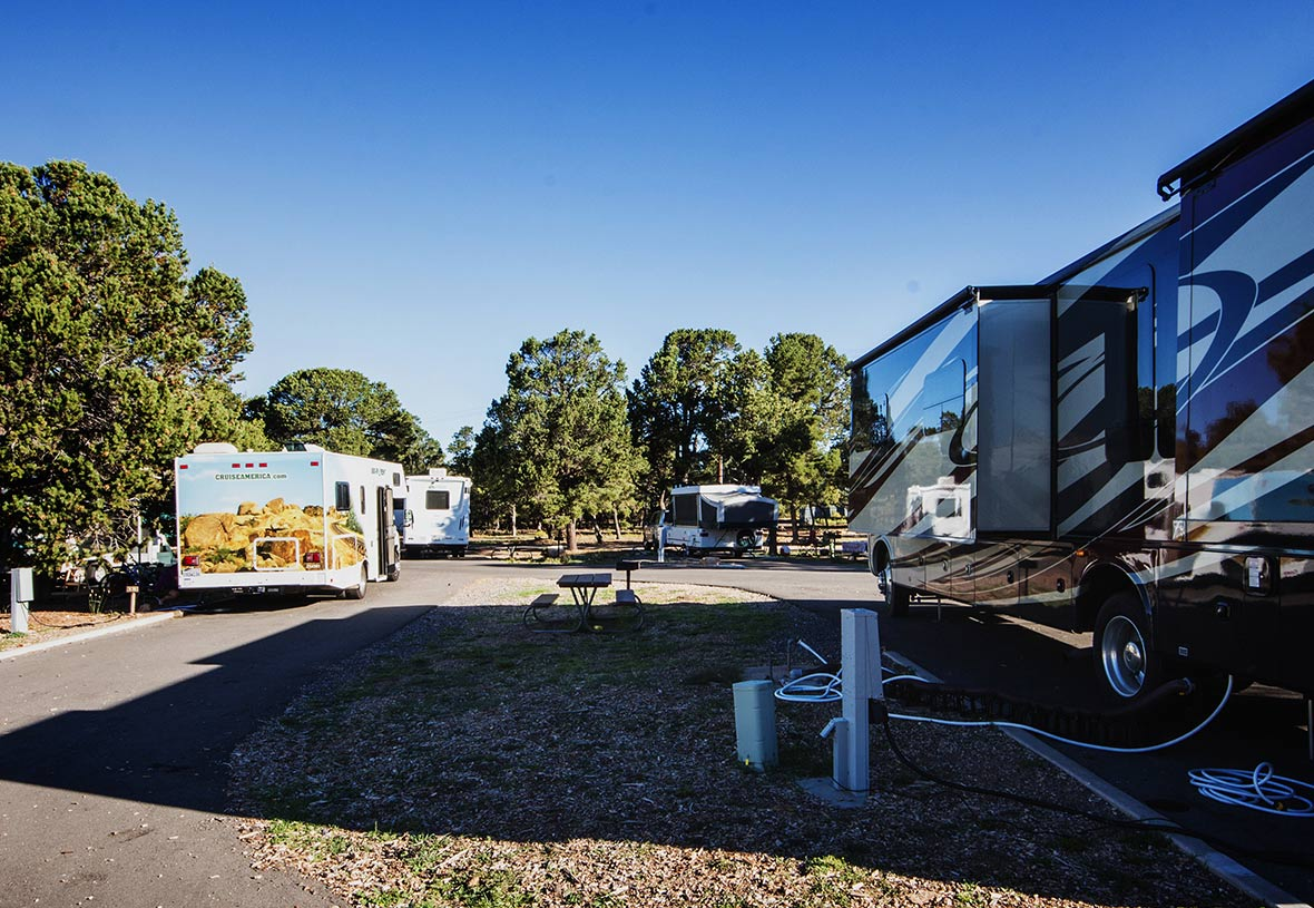 Trailer Village is the only RV Park in Grand Canyon with Full Hookups